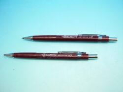 Mikrotužka 5781 0.7mm GRAPHITE červená