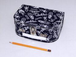 dětský kufřík papírový 9900092 malý černý 20 cm